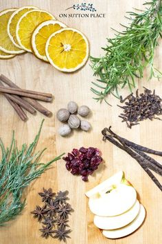 Make your own DIY Simmering Scent (Potpourri) to give as a homemade gift for the holidays. Easy and budget friendly Christmas gift idea.