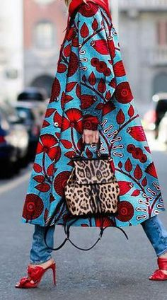 Description Product Name Blue plant printed coat Brand Mybesthoney SKU XI.Description Product Name Blue plant printed coat Brand Mybesthoney SKU Material Polyester Occasion Date/Vacation/Daily Life Style Casual Gender Looks Street Style, Looks Style, Look Fashion, Winter Fashion, Womens Fashion, Fashion Coat, Ladies Fashion, Fashion 2017, Feminine Fashion