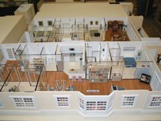 Superior 1/2 Inch Scale Model House Flat   This Is A 1/2 Inch