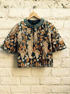 Kalamkari Printed jacket by Anita Kunte Kalamkari Designs, Kurta Designs, Blouse Designs, Bd Fashion, Ethnic Fashion, Indian Fashion, Indian Attire, Indian Wear, Indian Outfits