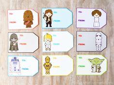 Free Printable Star Wars Gift Tags at artsyfartsymama.com