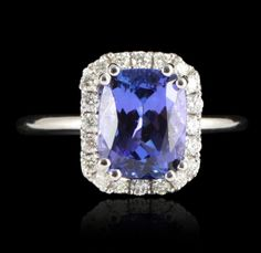 14KT White Gold 2.82ct Tanzanite and Diamond Ring A5123 : Lot 549