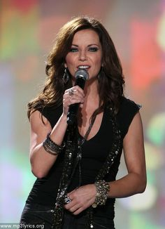 MARTINA MCBRIDE - Powerful voice and powerful show at the 2003 RRVF! 5 time ACM Top Female Vocalist; 5 time ACA nominee; AMA multiple nominee and 1 time winner Favorite Country Female Artist; Nominated for Billboard, Dove, Inspirational Country Music and Teen Choice Awards; 6 time CMT nominee; 28 CMA nominations with 4 wins for Female Vocailst of the Year; 12 Grammy nominations.