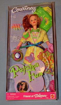 """1999 Barbie Courtney Pajama Fun Doll """"Friend of Skipper"""" with Inflatable Pillow Hair Curlers Mod 8 Ball"""
