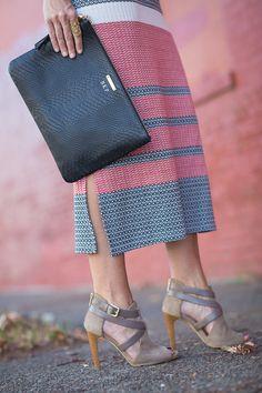 GiGi New York | seersucker + saddles Fashion Blog | Black Uber Clutch