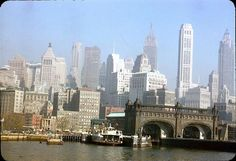 That's what New York City looked like in the 1950s. Warner Theater, New York, circa 1950 George Washington Bridge, circa 1950 ...