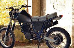yamaha-xt600-custom-arctic-monkey-LeftHandCycles (5)