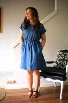 A simple lightweight denim dress I made from the Staple Dress pattern by April Rhodes, as part of Perfect Pattern Parcel Funny Fashion, Diy Fashion, Fashion Clothes, Sewing Clothes, Diy Clothes, Clothes For Women, Simple Dresses, Casual Dresses, Staple Dress