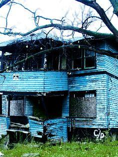 a home, Flint, MI