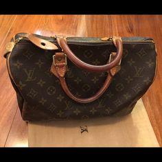Louis vouitton speedy 30 Authentic. fair condition. No damages. Louis Vuitton Bags Totes