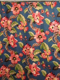 Rose bleu jaune rouge rideau de douche par NeedlewinkStitchery, $96.00