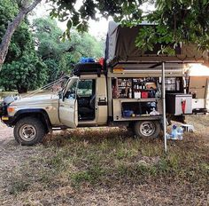 Toyota LandCruiser 79 series truck – give me a road and a japanese car – epoxycan Toyota Camper, Car Camper, Off Road Camper, Camper Trailers, Camper Van, Campers, Camping Set Up, Truck Camping, Camping Gear
