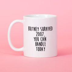 Witziger Britney-Becher, für die Portion Motivation am Morgen. Zu finden auf Etsy.