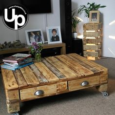 Reclaimed Wood, Pallet Coffee Table, Rustic, Loft Chic. 4 drawers