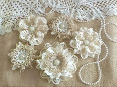 5 shabby chic vintage lace handmade flowers approximately - ***Shabby chic lace flowers are perfect for鈥� Fleurs Style Shabby Chic, Shabby Chic Crafts, Shabby Flowers, Diy Flowers, Crochet Flowers, Fabric Flowers, Material Flowers, Shabby Chic Headbands, Flowers Vase