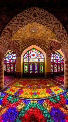 Traveling - Architecture - Interior Design - Nasir Al-Mulk Mosque, Iran Art Et Architecture, Persian Architecture, Mosque Architecture, Beautiful Architecture, Beautiful Buildings, Stained Glass Art, Stained Glass Windows, Beautiful Mosques, Beautiful Places