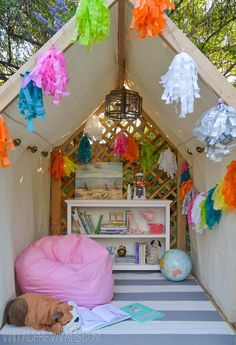 A summery outdoor playhouse - perfect for reading!