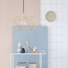 Asymmetric pendel i olika färger, från House Doctor.  #lampgallerian #lampor #interiör #interior #design #interiordesign #inspo #decoration #koppar #copper #järn #iron #mässing #brass #inspiration #scandinaviandesign