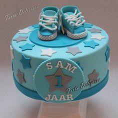 #kindertaarten #Baby #Boy #cake #sneakers # Gympen #1