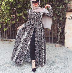 nihal.basha Modest Fashion Hijab, Street Hijab Fashion, Abaya Fashion, Modest Outfits, Fashion Outfits, Hijab Evening Dress, Mode Abaya, Muslim Women Fashion, Hijab Fashionista