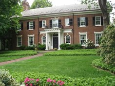 Type Of House: Georgian Colonial