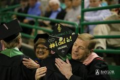 Nice idea to decorate your motor board for your #Baylor graduation!