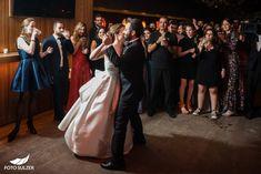 Hochzeit in der Franziskanerkirche, Salzburg - Foto Sulzer Blog Bridesmaid Dresses, Wedding Dresses, Salzburg, Kirchen, Formal Dresses, Blog, Fashion, Photos, Engagement
