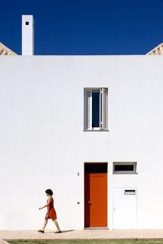 Bárbara Delgado Houses in Tavira, Pt http://www.ultimasreportagens.com/39.php © Fernando Guerra, FG+SG Architectural Photography