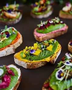 Welcome in avocado heaven! With an all-avocado menu, in which every dish features the fruit, The Avocado Show is a foodie paradise in Amsterdam for all avocado lovers. Toast Restaurant, Amsterdam Food, Party Food And Drinks, Happy Foods, Greens Recipe, Galette, Creative Food, Food Plating, Kids Meals