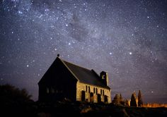 This is so beautiful...   The world's largest international dark sky reserve in New Zealand