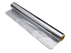 Sølvpuss: Lei av å pusse og polere? En hurtig og smertefri løsning er å legge aluminiumsfolie med varmt vann og noen spisesskjeer salt, bake...
