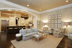 Tour a Magnificent Corner Home in The Woodlands, Texas | HGTV.com's Ultimate House Hunt | HGTV