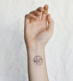 Gallifreyan  'Hello Sweetie' temporary tattoo. I need this on my body