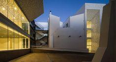 Álvarez-Cienfuegos + HAGO + Delgado Martos    Museo de Bellas Artes de Badajoz (Badajoz, Spain)    © Fernando Alda