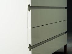 Close this window Kitchen Cabinet Drawers, Cabinet Decor, Kitchen Cabinetry, Furniture Handles, Cheap Furniture, Furniture Design, Cabinet Door Hardware, Handleless Kitchen, Wardrobe Door Designs