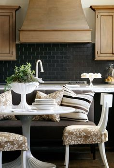 Striking Kitchen/Finishes from Bear-Hill Interiors. Cushion ideas for kitchen bench/chairs Subway Tile Kitchen, Black Subway Tiles, Black Tiles, New Kitchen, Kitchen Dining, Kitchen Decor, Dining Rooms, Kitchen Seating, Kitchens