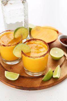EASY Blended Mango Chili Margaritas! Perfectly tart, sweet and spicy! #vegan #margarita #mango