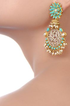SILVER ANTIQUE FLOWER TURQUOISE EARRINGS - Amrapali