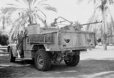 British Chevrolet 30 CWT (India Patern) from LRDG  with Breda 20mm iktalian gun.