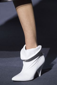 Fall 2018 Shoe Trends - Shoe Runway Trends Fall 2018