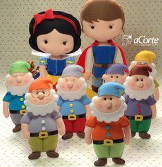 Branca de Neve e os sete anões em feltro - Perfeitos para decorar e presentear. Snow White and the Seven Dwarfs in felt - Perfect for decorating and gift