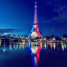 #paris #eiffeltower #toureiffel #parisfrance #france #architecture #photography Monuments, Paris Images, Beautiful Paris, Paris Eiffel Tower, Paris Travel, France Travel, Places Of Interest, Travel Goals, Photos Du