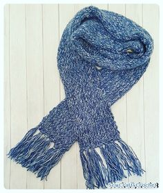 I've been crocheting for about 14 years, but I recently decided to take a knitting class. I now know how to cast on, knit, purl,. Handmade Christmas Gifts, Christmas 2016, Etsy Shop, Crafty, Denim, Knitting, Sewing, Crocheting, Pattern