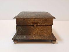Vtg Antique Brass Metal Engraved Raised Relief Trinket Jewelry Stash Box Chest
