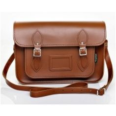 Chestnut Leather Satchel, for my birthday :-) Brown Leather Satchel, Leather Satchel Handbags, Brown Leather Purses, Satchel Purse, Leather Bag, Real Leather, Types Of Handbags, Classic Leather, Girls Accessories