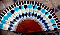 Abanico pintado a mano mandala Hand Held Fan, Hand Fans, Best Inventions Ever, Tumblr, Vintage, Beautiful, Design, Arch, Painted Fan