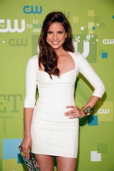 Shelley Hennig white dress