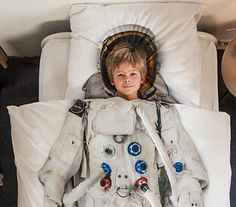 Astronaut bedding - My 4 year old grandson grandson would go nuts. He sleeps with a CPAP mask, which he calls his 'astronaut mask'. This would complete the fantasy.