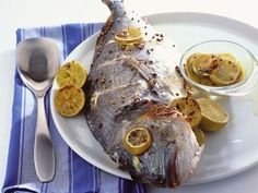 Bream baked with lemon and herbs Greek Recipes, Fish And Seafood, Seafood Recipes, Yogurt, Food Porn, Pork, Herbs, Dessert, Meat