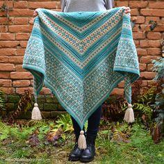 Amaya Mosaic Shawl - crochet pattern by www.lillabjorncrochet.com